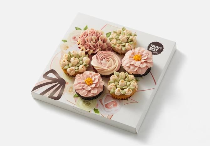 """""""挚爱时刻""""花束纸杯蛋糕礼盒"""