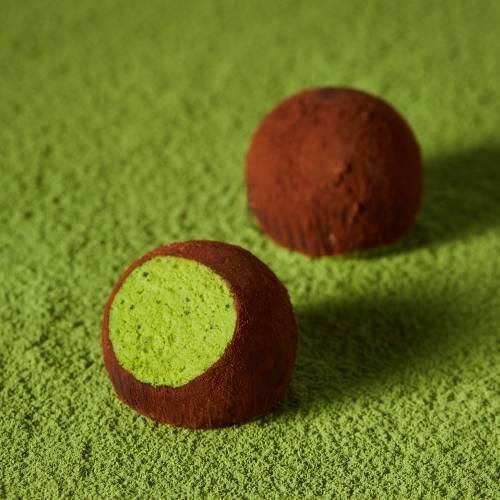 Matcha brandy flavored fluffy nama Chocolate