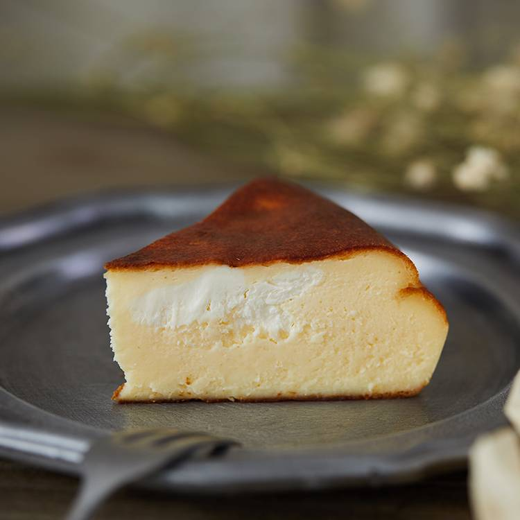 Basque Double Cheese Cake(Wood)