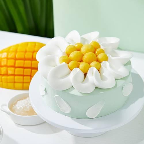 """Coco-mango"" Pandan Cake"